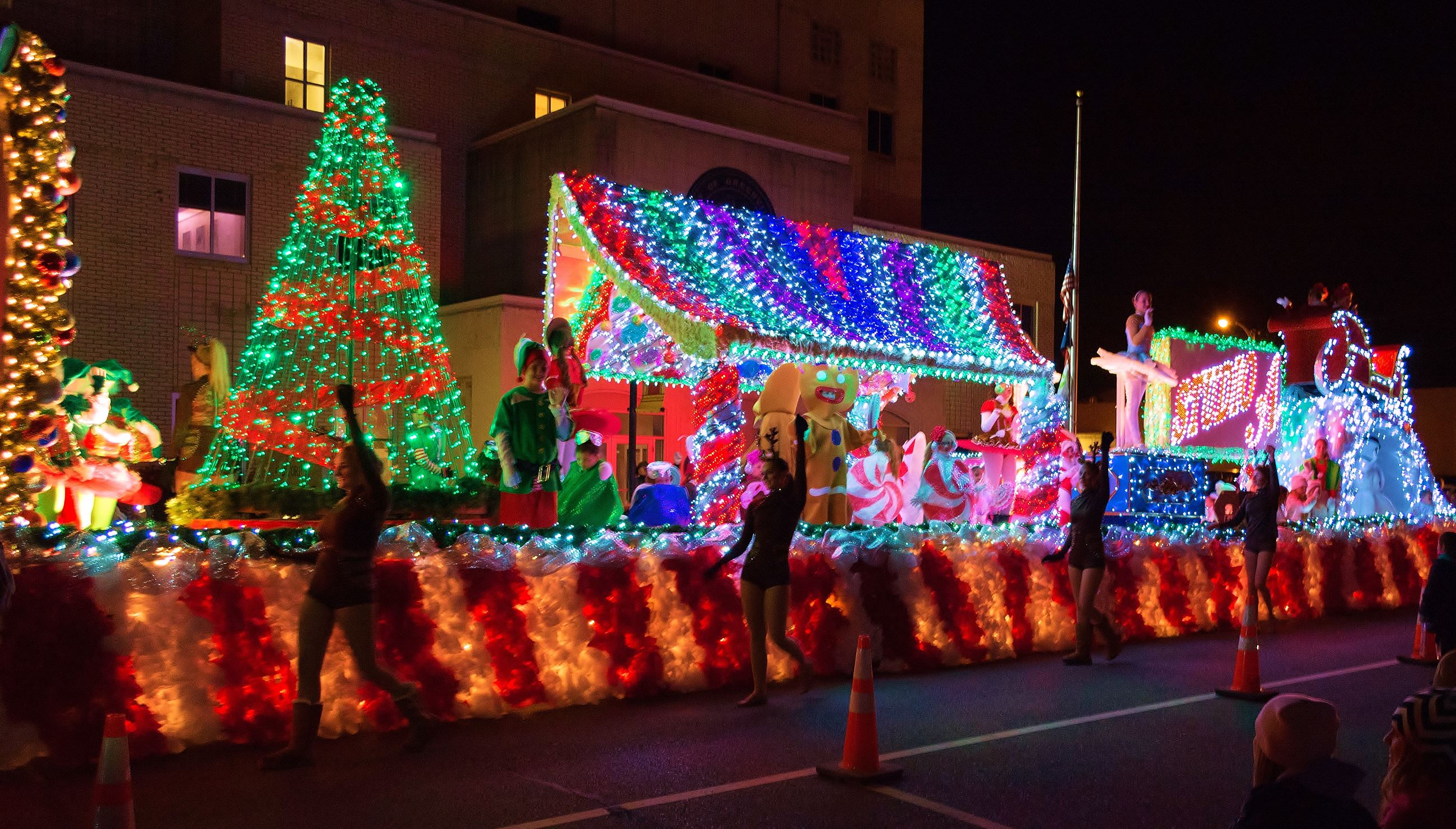 2021 Greenville Sc Christmas Parade Christmas Parade Weather Permitting Other Holiday Events This Weekend In Greenville 88 9 Ketr