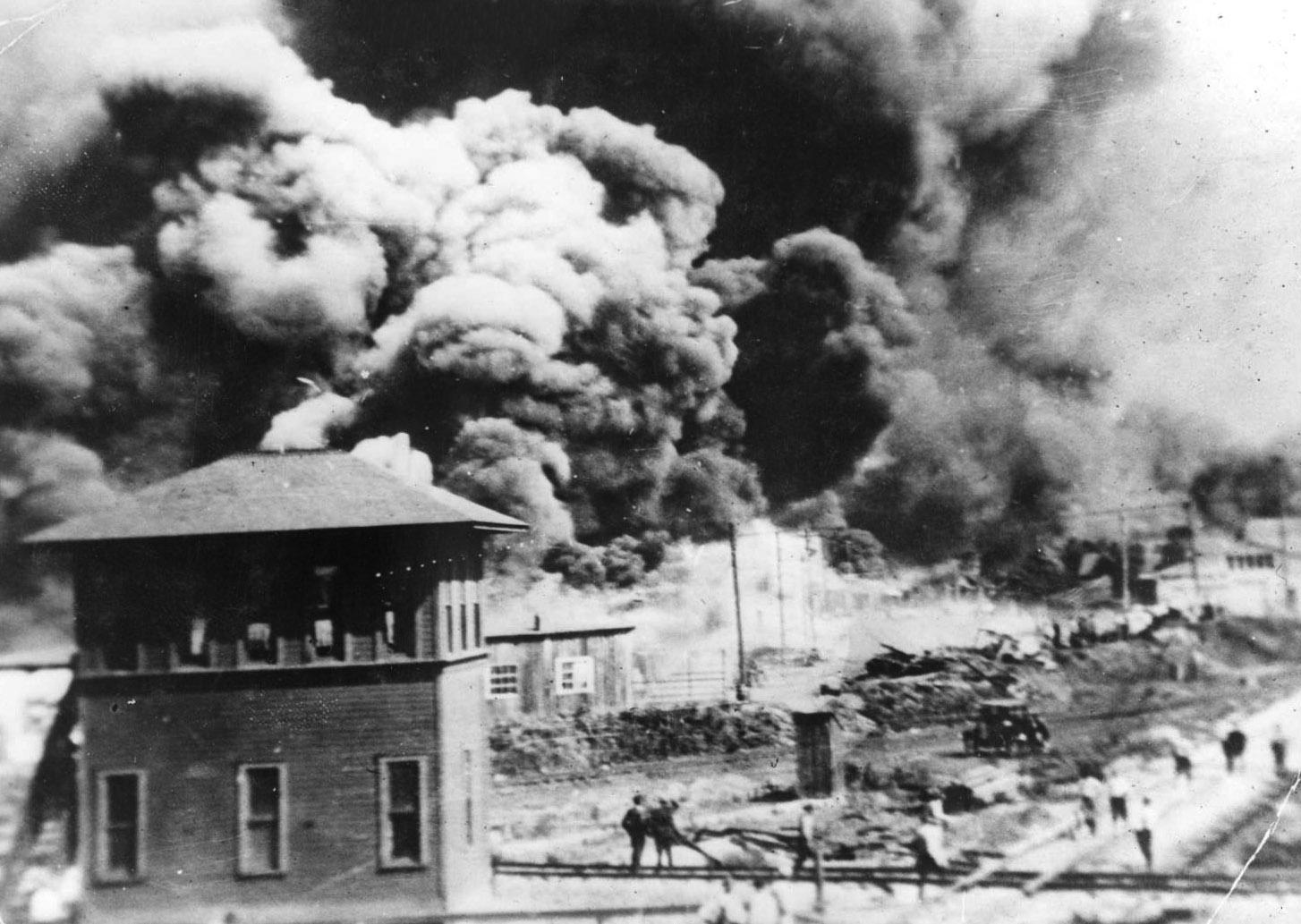 KGOU Readers Club - Tulsa 1921: Reporting a Massacre | KGOU