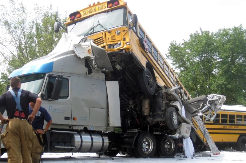 Investigators of I-44 crash consider school bus seat belts | St