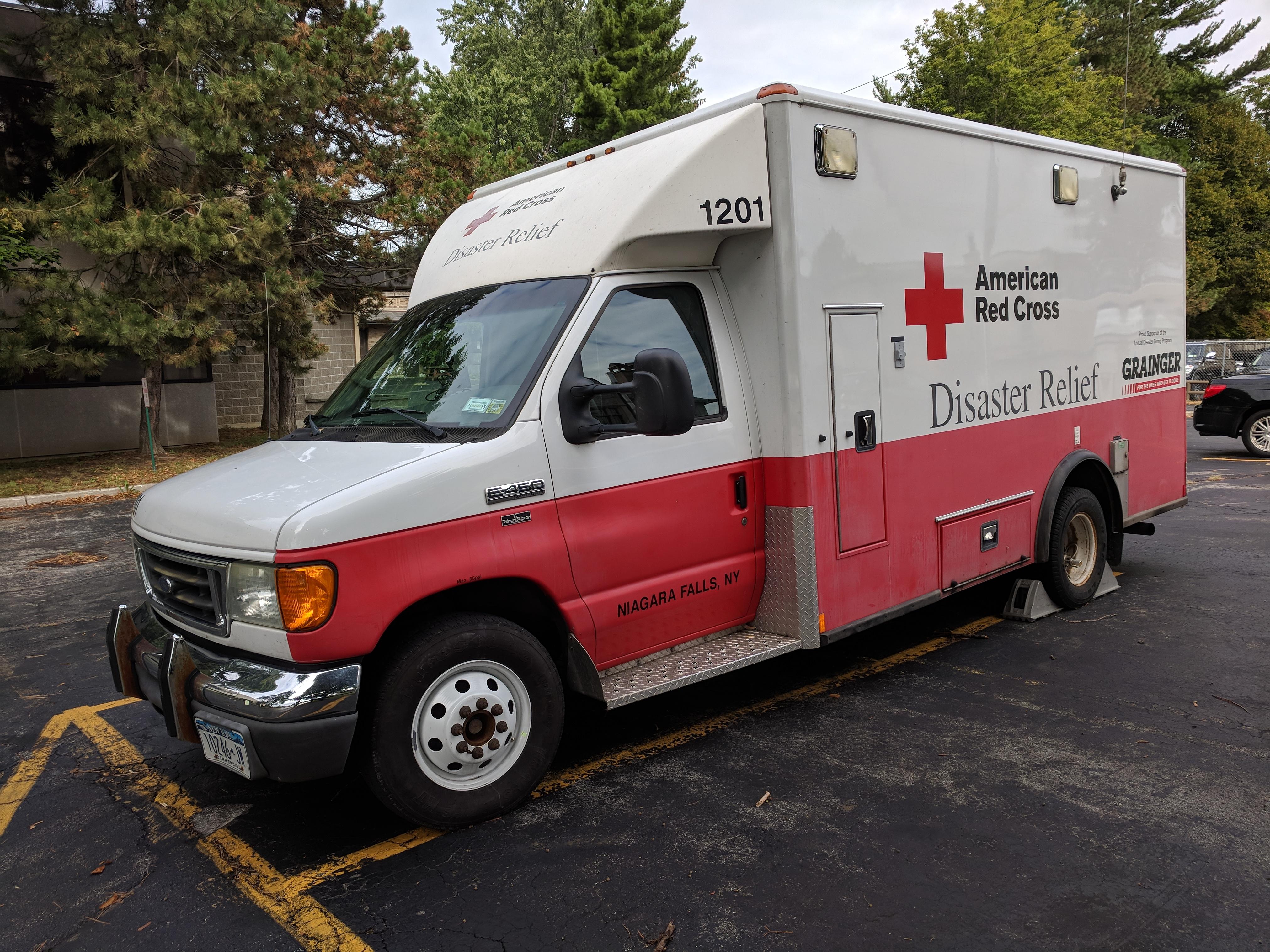 Regional Red Cross volunteers head south to aid evacuees