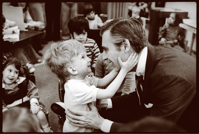 Behind The Scenes Photos Capture Fred Rogers In The 70s And 80s 90 5 Wesa