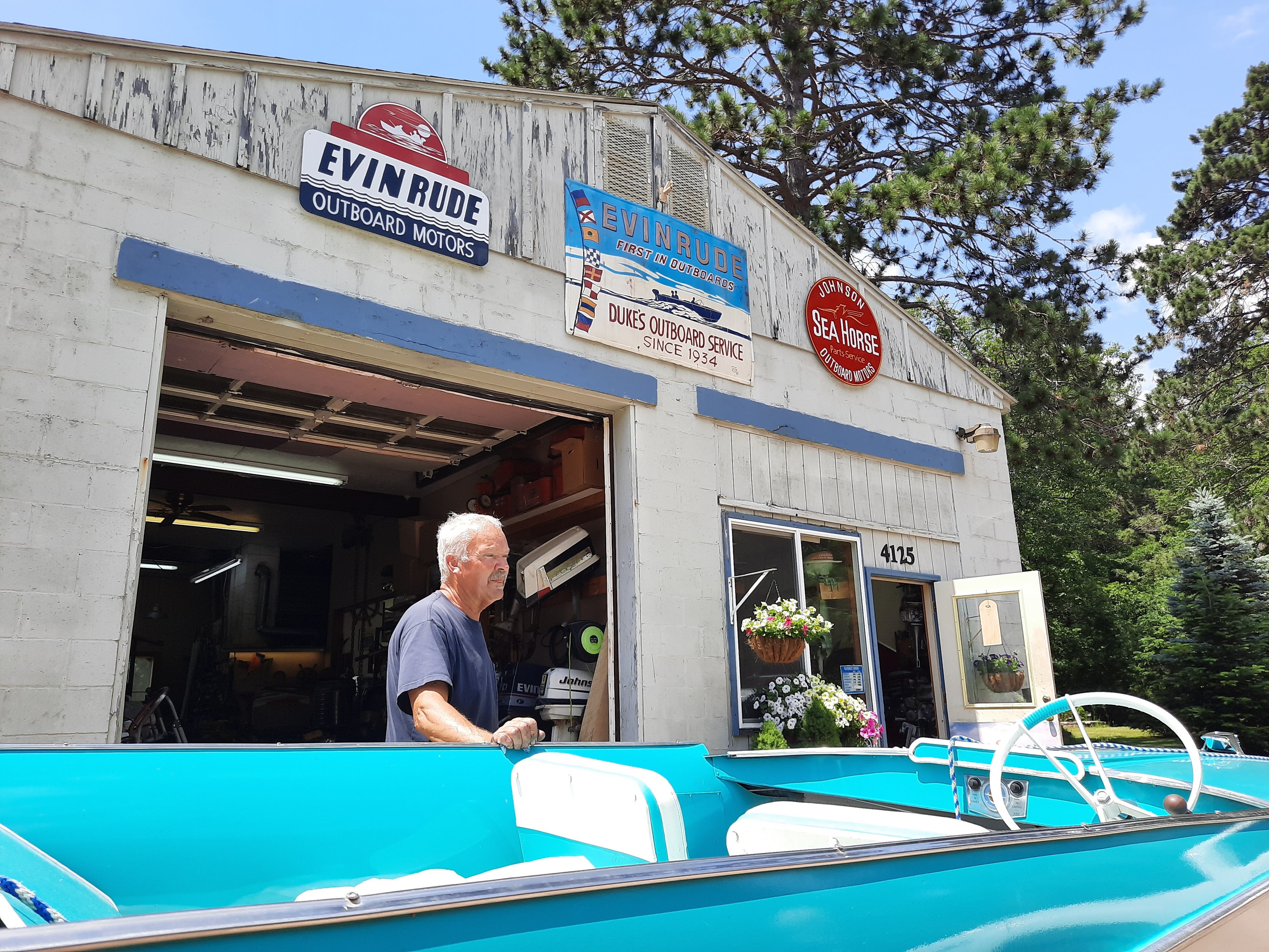 Wisconsin Based Evinrude Stops Boat Motor Production Surprising Local Repair Shops Wxpr